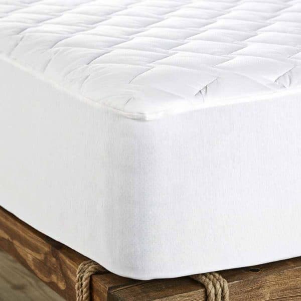 Thermocool outlast mattress protector