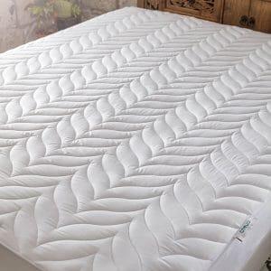 Lovera mattress protector