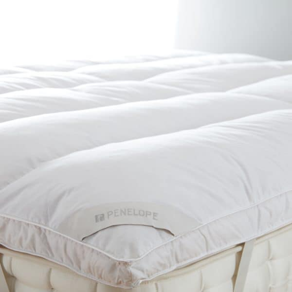 piume tube 50% down mattress topper